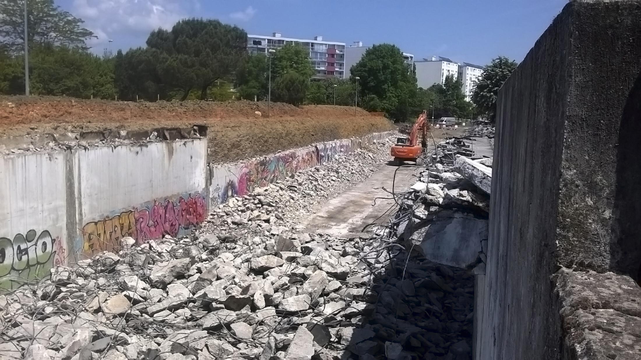 tunnel-demolition101